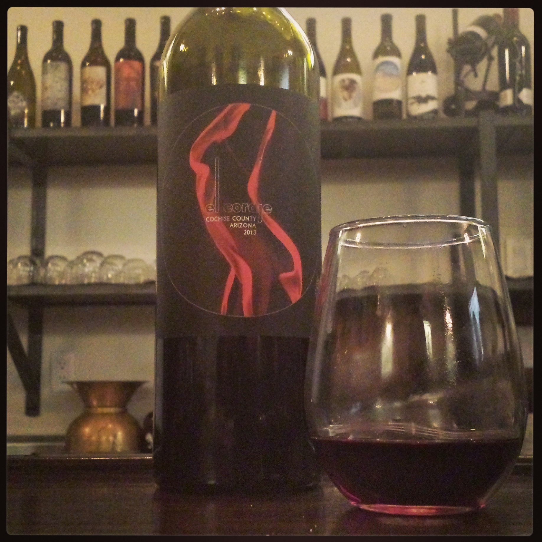 2013 El Coraje Tempranillo. Spot the pretty lady.